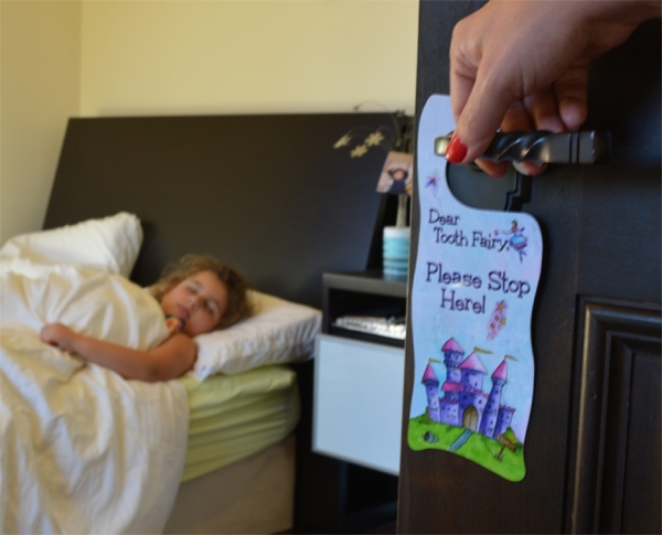 Tooth Fairy Door Hanger - pink